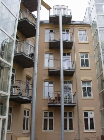 Altaner i boligkompleks